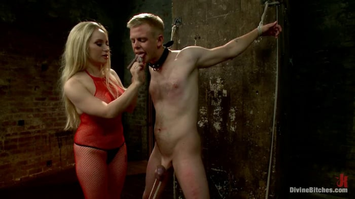 Aiden Starr in Submitting To A Goddess