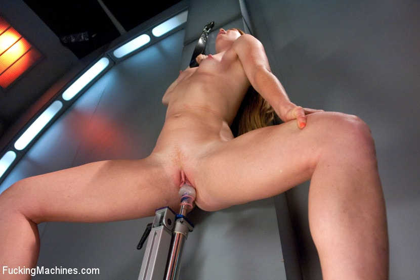 Ami Emerson - Sending the Ginger Girl into Cum Space with The Fucking Machines | Picture (10)