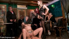 Cadence Lux - Spanish Punk Princess Liz Rainbow tormented by Cadence Lux! | Picture (5)