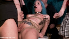 Cadence Lux - Spanish Punk Princess Liz Rainbow tormented by Cadence Lux! | Picture (8)