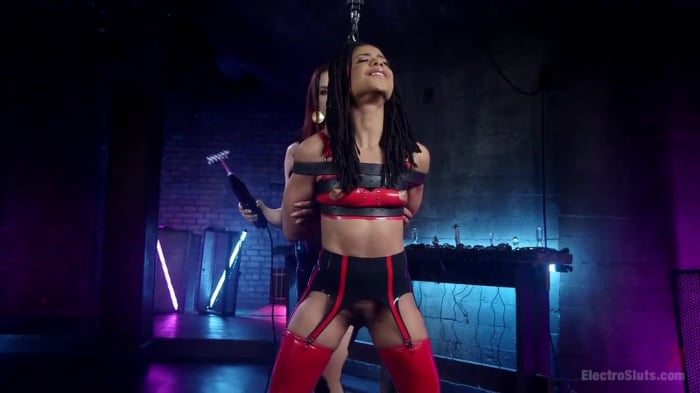 Chanel Preston in Chanel Preston Electro Initiates Kir ...