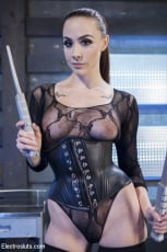 Chanel Preston - Shock the System: Sexual deviant bound and lesbian electrosexed! | Picture (19)