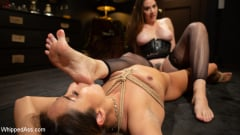 Chanel Preston - Virgin Lesbian Witchcraft: Chanel Preston Enchants Isabella Nice | Picture (6)
