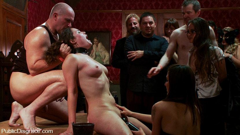 порно рабы моральное унижение
