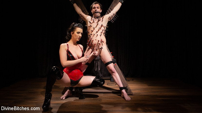 Cherry Torn - A Divine New Years: Cherry Torn celebrates with slave's screams | Picture (12)