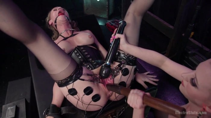Cherry Torn in Hot MILF Simone Sonay submits to Latex  ...