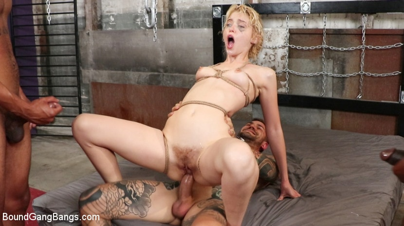 Donny Sins - Wedding Nightmare: Chloe Cherry Gets Fucked by Fiance's Five Friends | Picture (19)