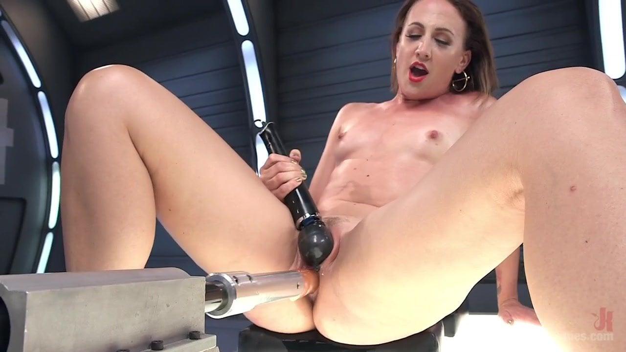 Sex Machine Anal Squirt