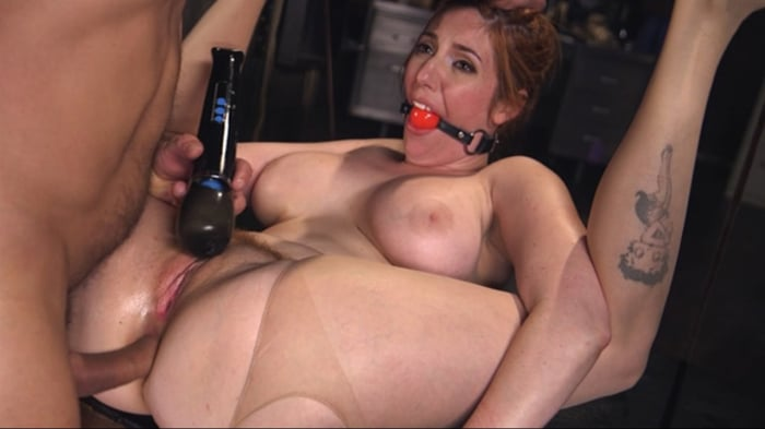 Lauren Phillips in Anal Insanity