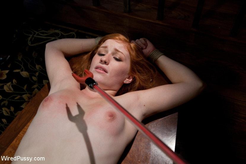 Порно видео бдсм электричество