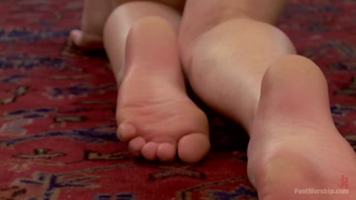 Natalie Moore in *BONUS UPDATE*Webbed Toed Submissive  ...