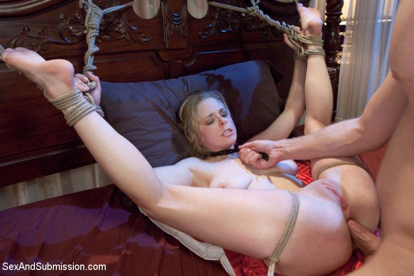 смотреть порно анал рабыня