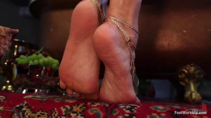Lea Lexis in Exotic Foot Worship With Goddess Lea