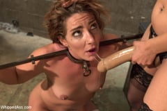 Savannah Fox - Sadistic Lesbian Prison: Squirting, anal and fisting! | Picture (16)
