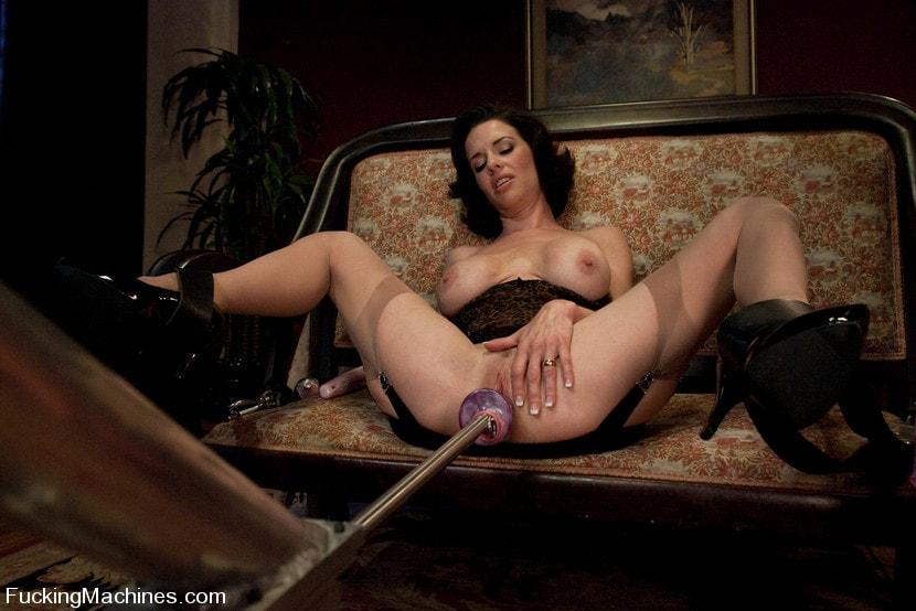 Asian dutch susan nude movie