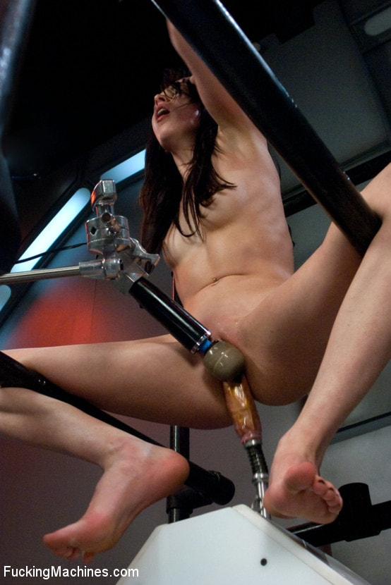 Girl riding a fuck machine videos