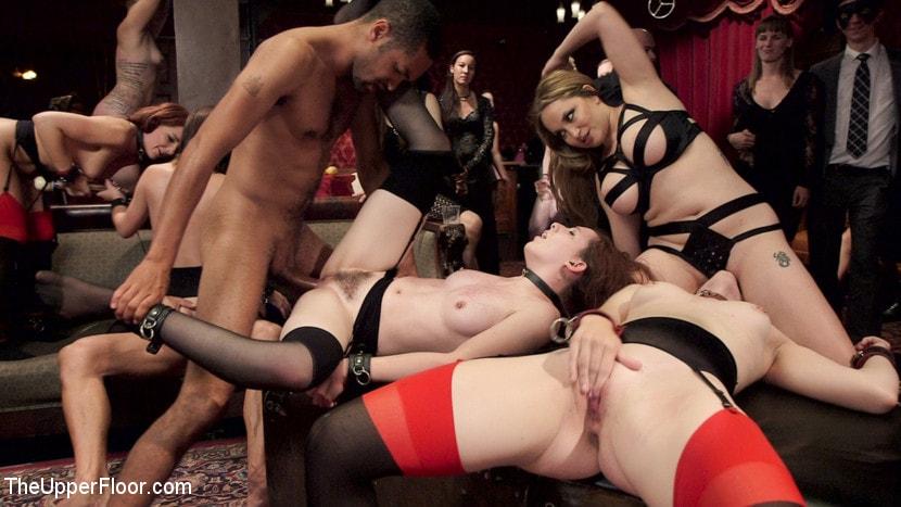 erotika-svingeri-i-bdsm-vecherinki-sambuka-porno