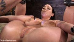Angela White - Angela White Begs to Suffer For Her Master in Metal Bondage | Picture (11)