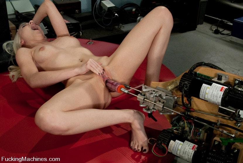 orgazm-ot-trahmashini-video-porno-filmi-medison-ivi