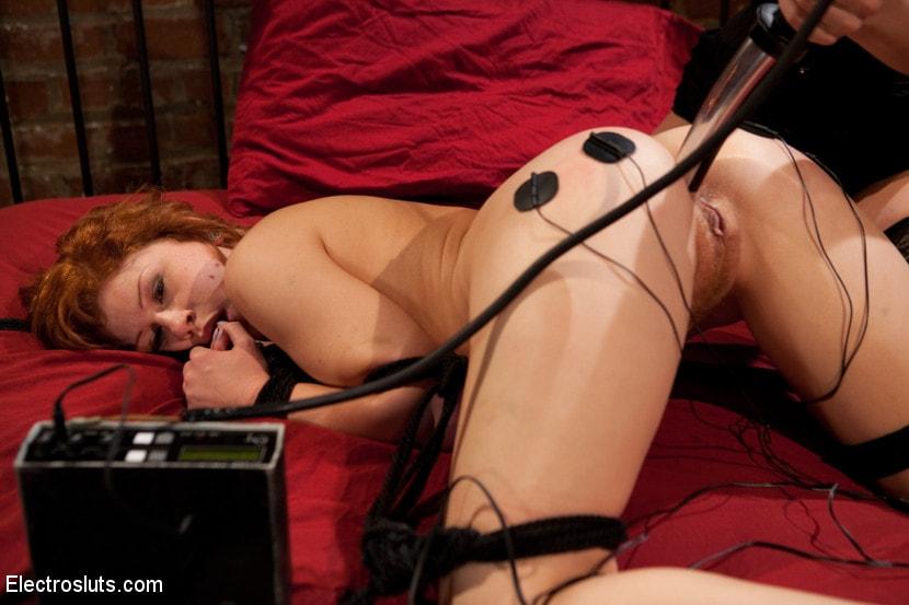 Электро порно онлайн онлайн, анна золотаренко порнушка