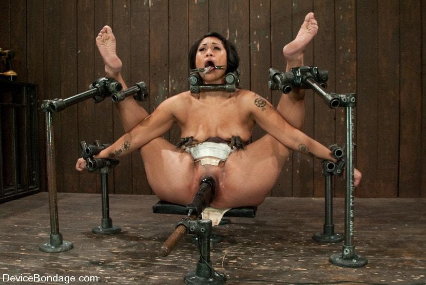 терапия секс игрушек в бдмс кресле наших ххх