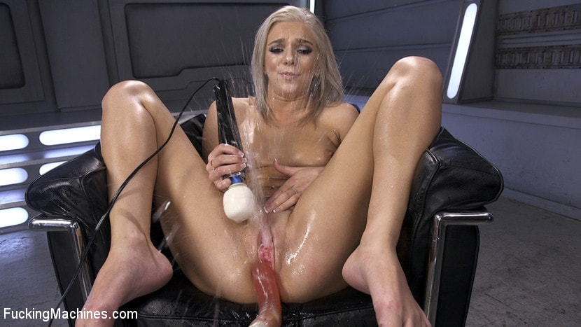 accident-blonde-squirt-orgasm-porn-cameraman